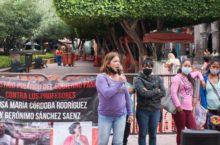 """FRASE DEL DÍA   """"Al gobierno no le gusta que las comunidades conozcan sus derechos, por eso nos reprimen"""": Rosa, maestra en Querétaro"""