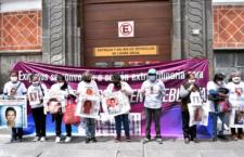 IMAGEN DEL DÍA | Con última sesión custodiada por policía, Congreso poblano desdeña Ley de Desapariciones e ILE